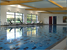 Chilworth Manor - pool